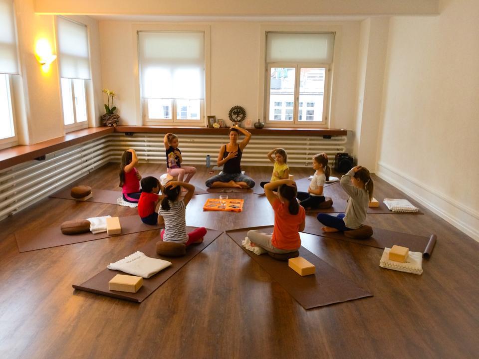 Kids & Teen Yoga
