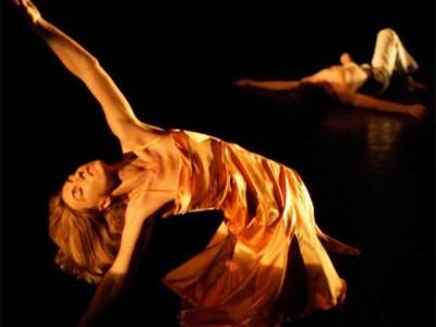 Flowingdance meets Yoga