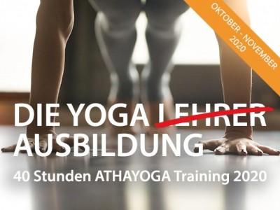 Die Yoga <del>Lehrer</del> Ausbildung